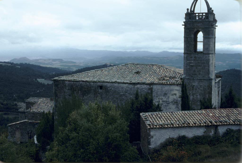 El poble de Castelltallat i cal Bon Beí al fons. Fons: Arxiu Memòria Digital de Catalunya